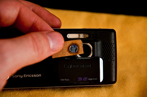 Super Macro Your Cellphone Camera With A DVD Lens