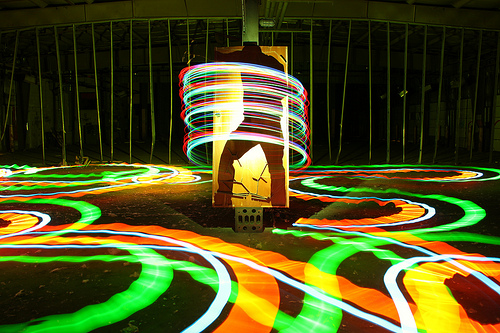 Create Wonderful Light Painting Art Using A Cold Cathode