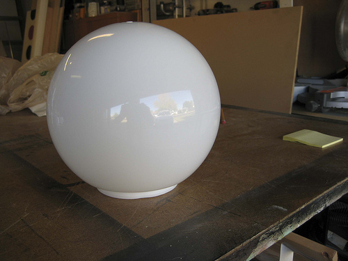 3_Arcylic Globe