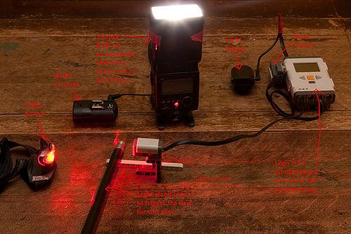 lego mindstorms light interrupt flash trigger.
