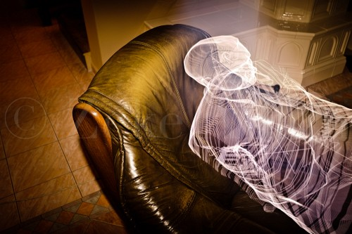 Create A Non-Existing Man Via Light Painting