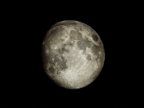 The Complete Guide To Shooting The Moon