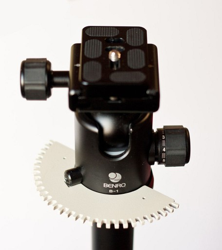 A Hand Made Motorized Panoramic Head