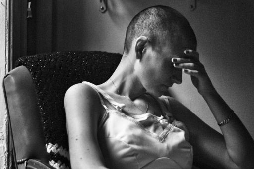 The Battle We Didn't Choose - Photographer Documents His Girlfriend Fight With Cancer [Strong Graphics]