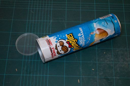 """How To Make A Pringle Can """"Saberstrip"""" - Short & Sweet"""