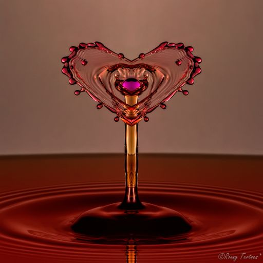 The Beautiful Liquid Sculptures Of Ronny Tertnes