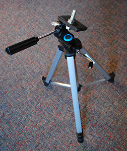 tripod_with_bolt