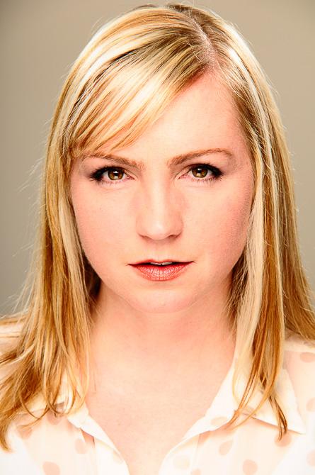 Blonde with fake photoshop retouching