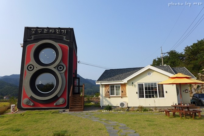 Photo Lovers and Coffee Lovers United - The Best Coffe Shop For Photographers Is In South Korea