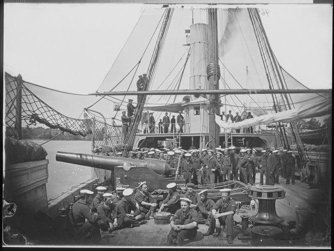 """Gunboat """"Mendota"""" on James River"""