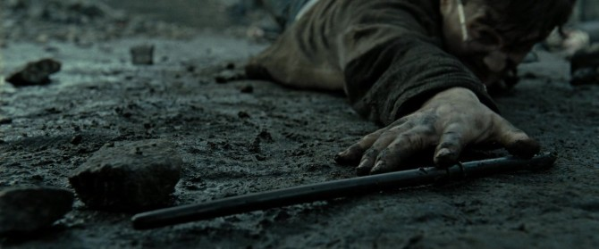 Harry_Potter_and_the_Deathly_Hallows_Part_2_KISSTHEMGOODBYE_NET_1661