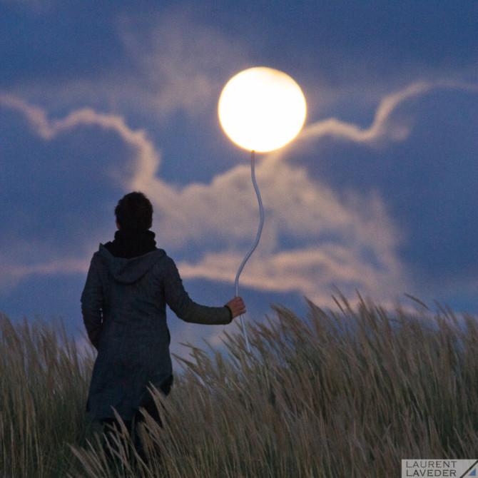 La Pleine Lune au bout d'un fil