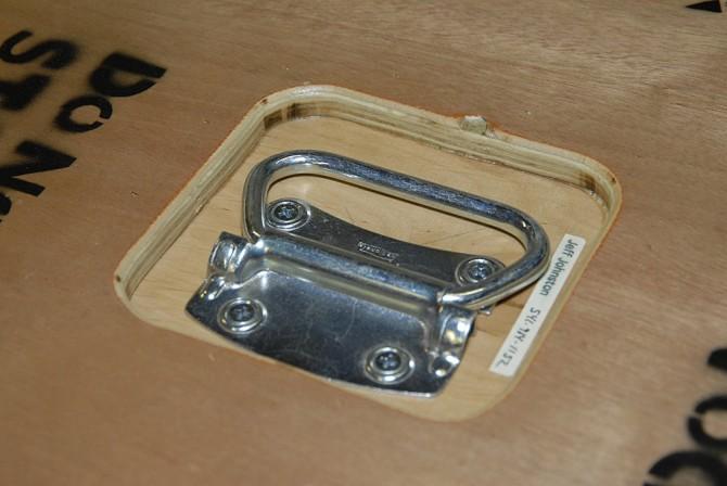 diy-equipment-case-5- Handles_Inset