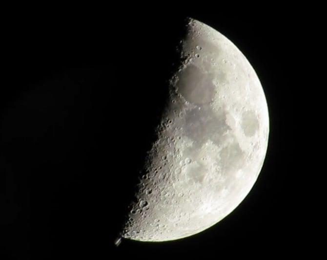 2014-12-28-ISS_moon_2