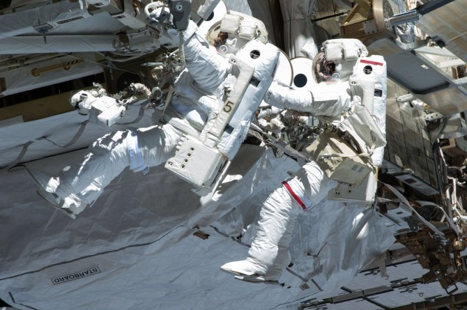 iss-pack-06