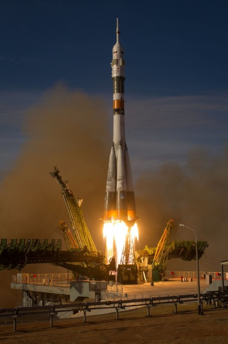 iss-pack-08