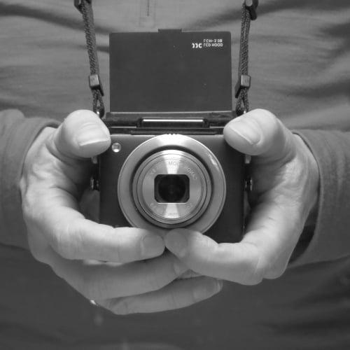 waist-level-camera-01