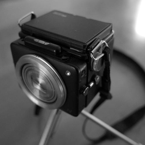 waist-level-camera-02