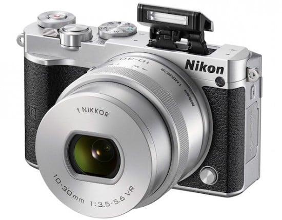 Nikon_1J5_Flash