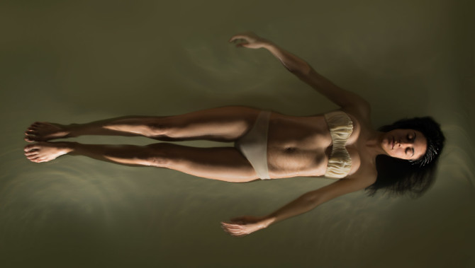 floating_retouched