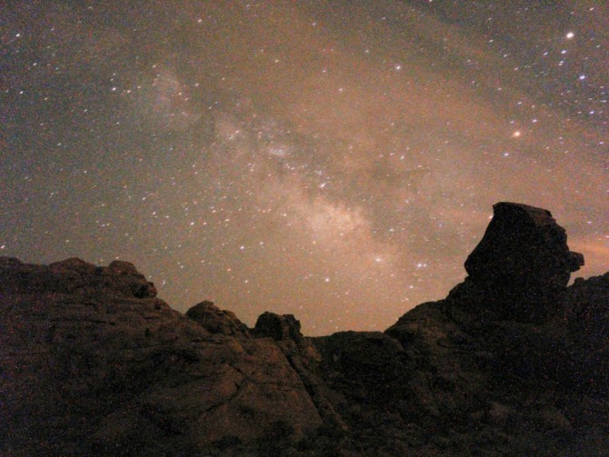 Milky Way from Valley of Fire, NV, OnePlus One, 64s, f/2, ISO 3200, jpeg