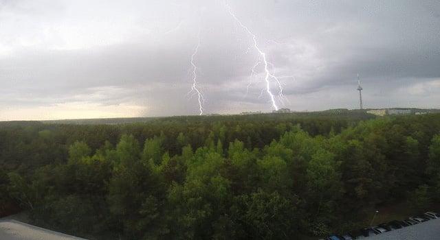 lightning-strike-gopro-result-still