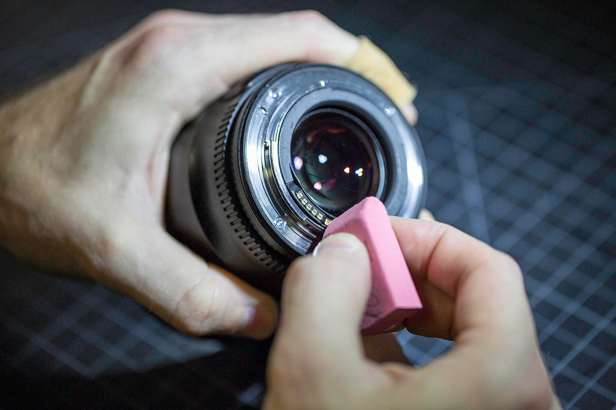lens-cleaning-02
