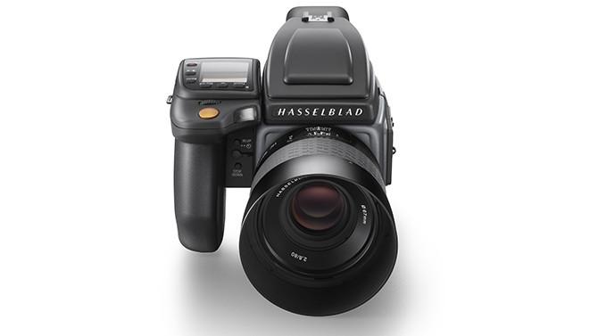 Hasselblad-H6D-100c_front-shot_WH1_670