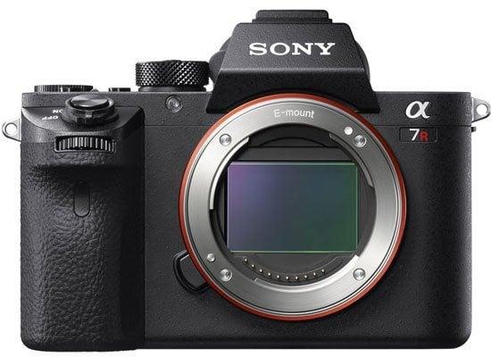 Sony-A7R-III-coming-soon-im