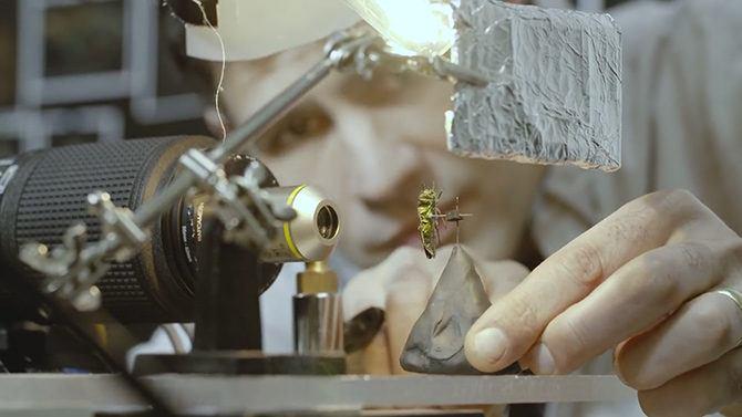 levin_microscope_lens