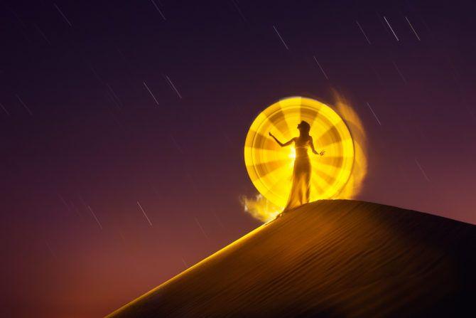 img2911b-2048-eric-pare-light-painting-dubai-desert-jpg-d48j