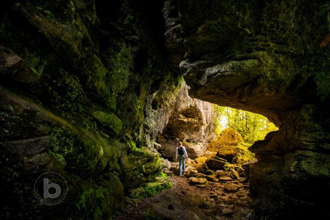 Greigs Caves Niagara Escarpment Bruce Trail