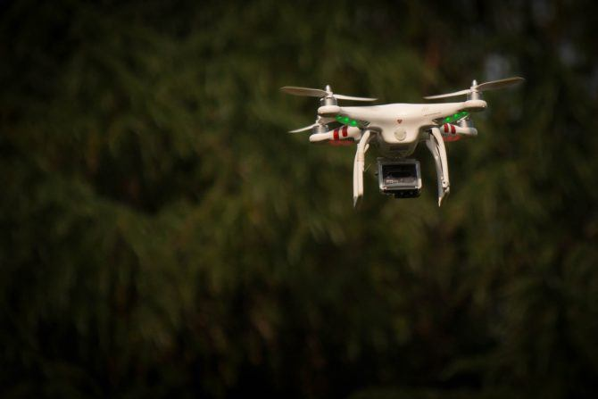 drone-1449878_1920