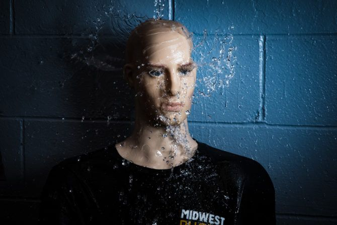 The Profoto D2 is able to overpower the daytime ambient light while still getting a fast enough flash duration to freeze splashing water.