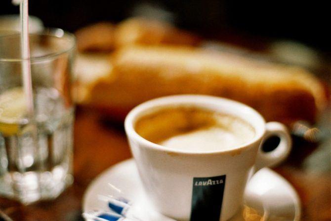 Paris coffee break, Agfa Optima 100