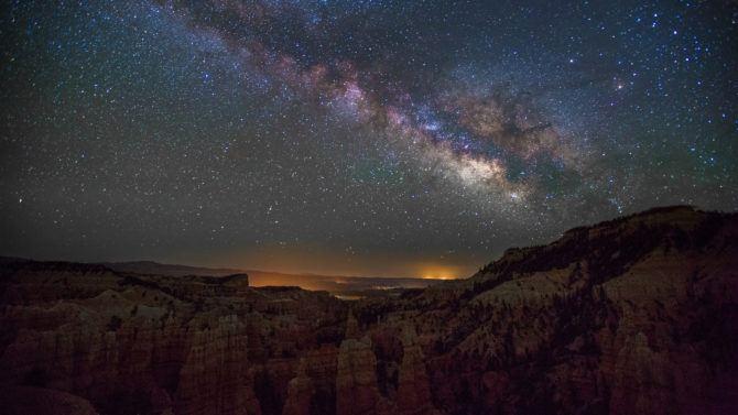 night_sky_canyon