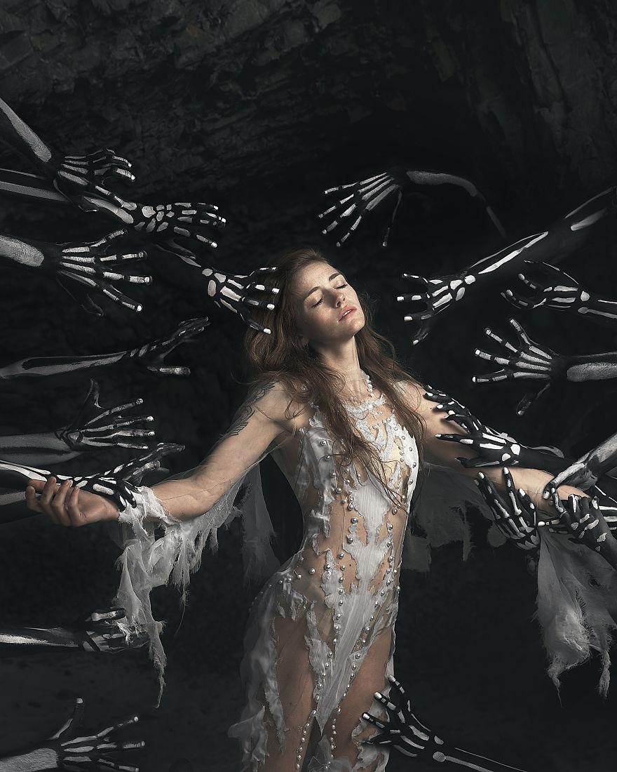 skeleton-queen-02