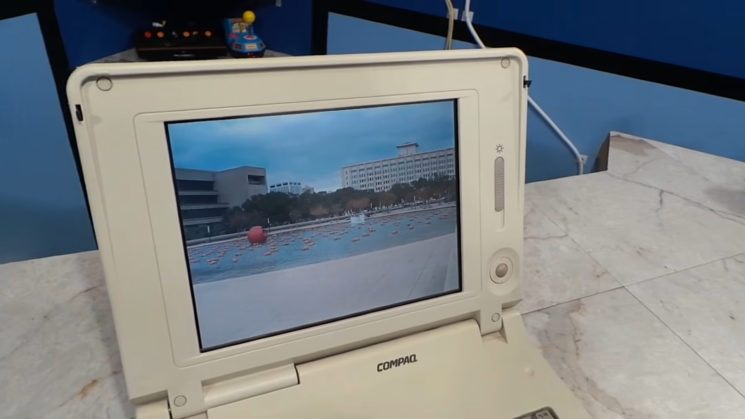 An image from the Sony Mavica FD-5 fills this laptop's 640x480 native resolution screen