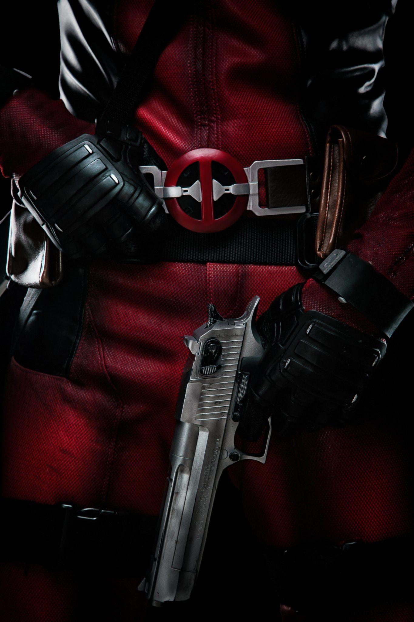 deadpool-making-hero-17