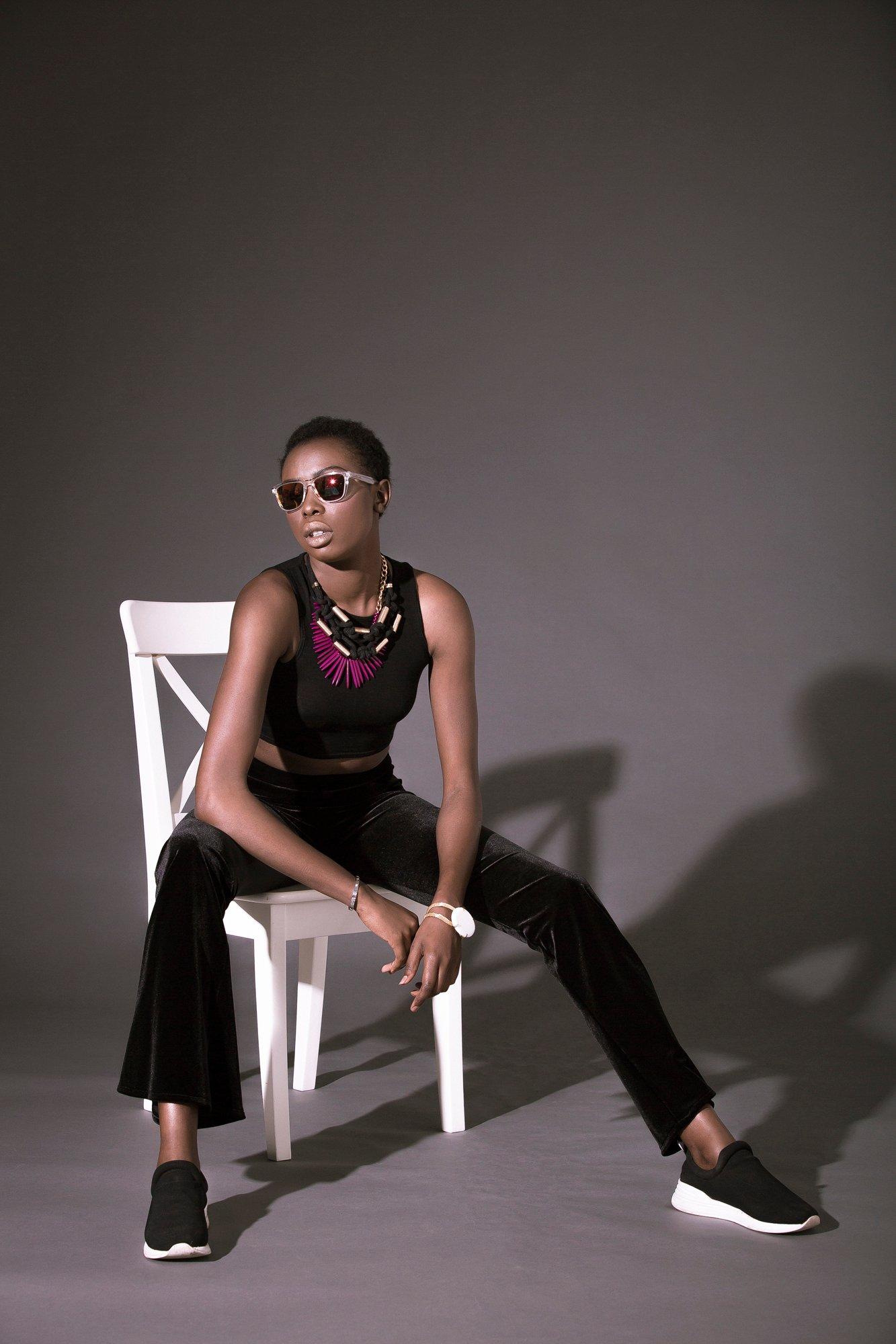 Basic fashion photography poses